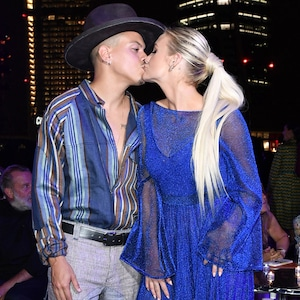 Ashlee Simpson, Evan Ross, kissing, 2018 Milan Fashion Week
